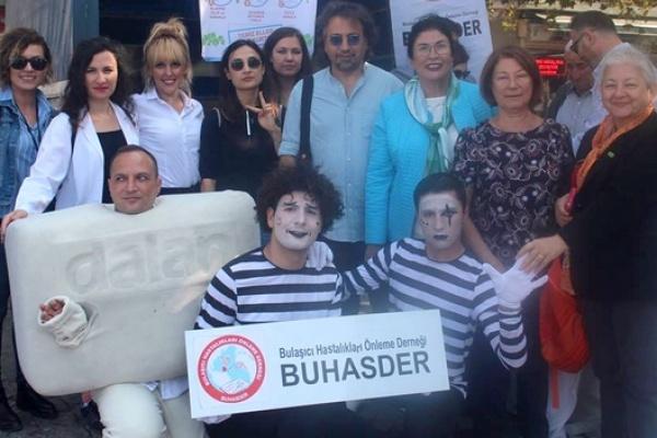 El Yıkama Günü'nde İzmir'deydik
